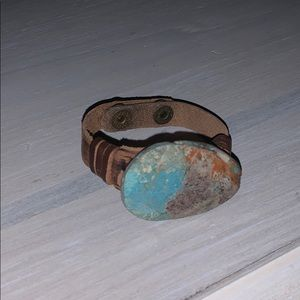 Brown leather bracelet with turquoise stone
